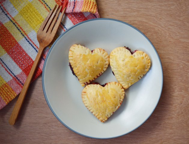Blueberry pie hearts